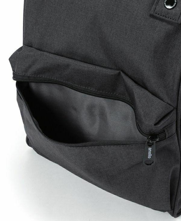 ブラック:外側ポケット